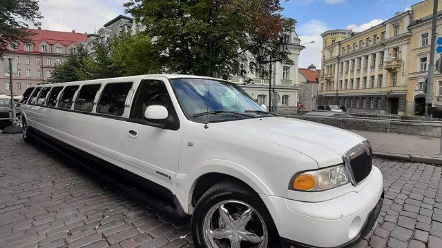 Limusiini Lincoln Navigator 20