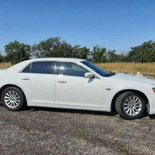 limo 5 Chrysler 300 LUX sedaan 01