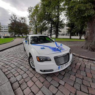 limo 5 Chrysler 300 LUX sedaan 03